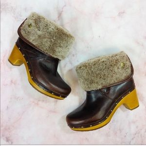 New Ugg Lynnea Cherry Leather Clog Ankle Boot